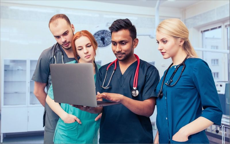 Best Medical School In Canada For International Students | Requirements For Application